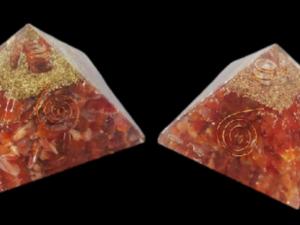 Corneola,PiramideOrgonite,cm